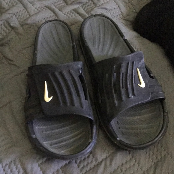 sneakers for cheap c9f05 21fc2 Old School Nike Flops!!!